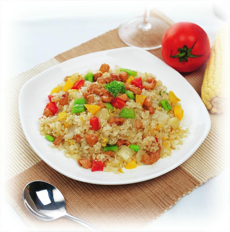 广州蒸烩煮 鸡肉蛋炒饭